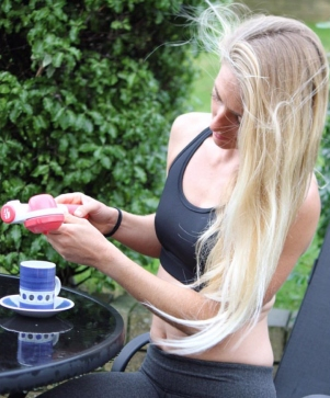 Tehillah McGuinness, South African Born Pro Surfer, Sports Illustrated Sports Model, Celebrity, Charity Volunteer, Entrepreneur and Celebrity Fitness Trainer shoots the new Handpresso Range.