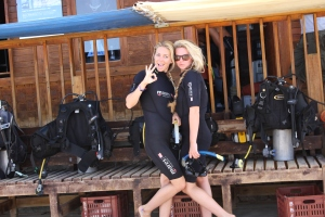 Pro Surf Tehillah McGuinness diving in Egypt